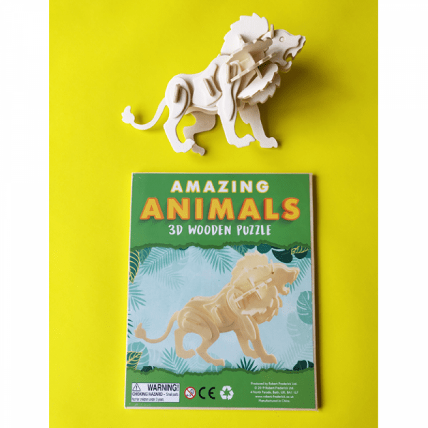 Amazing Animals Activity Set